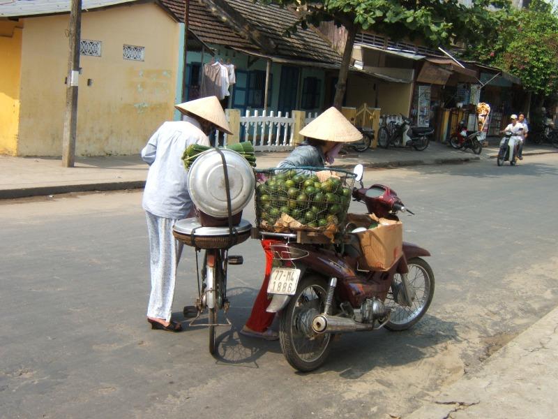 Hue. Jak się odnaleźć na wietnamskiej ulicy