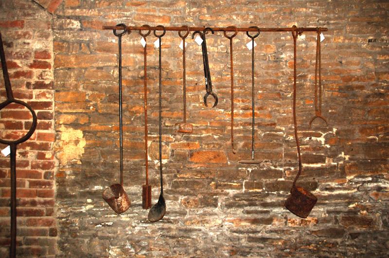 Chlewiska. Huta żelaza na… węgiel drzewny