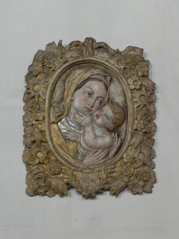Tropie. Romańskie freski w starym kościele