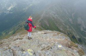 Baraniec Na tatrzański szczyt w słońcu i we mgle