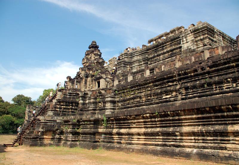 Angkor Wat Największa sakralna budowla na świecie