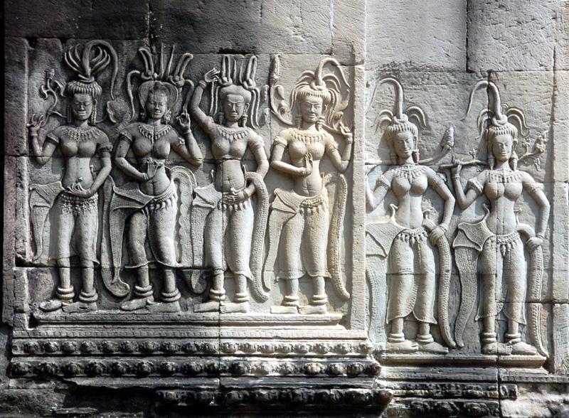 Angkor Wat Mity zapisane w kamieniu