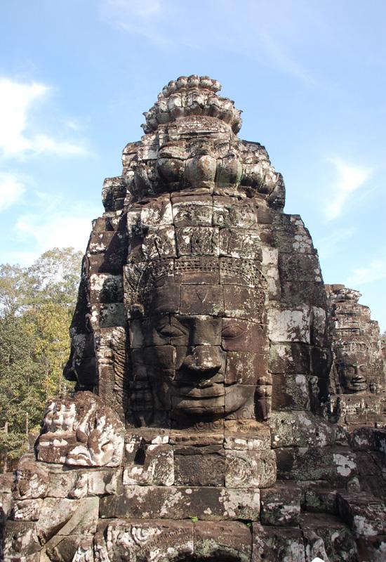 Angkor Wat. Mity zapisane w kamieniu