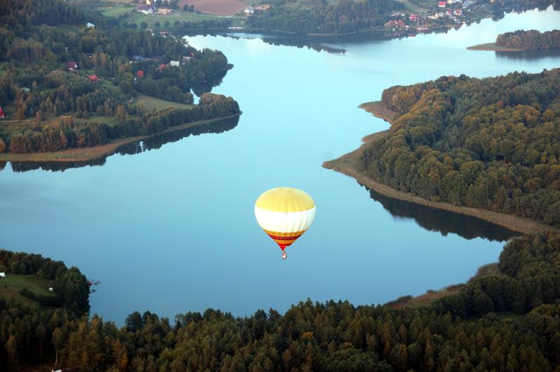 Szwajcaria Kaszubska Balonem nad krainą lasów i jezior
