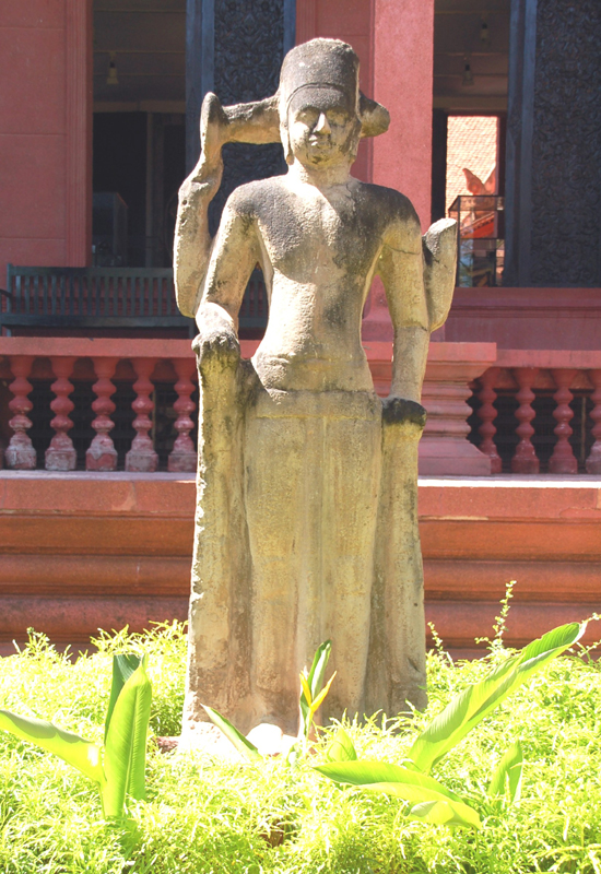 Phnom Penh. Skarby sztuki khmerskiej