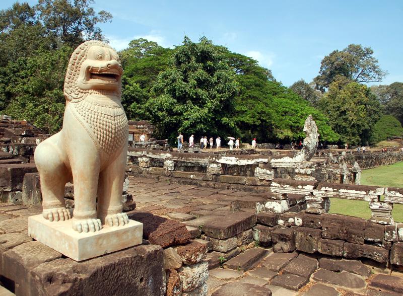 Angkor Thom Tajemnice khmerskich królów