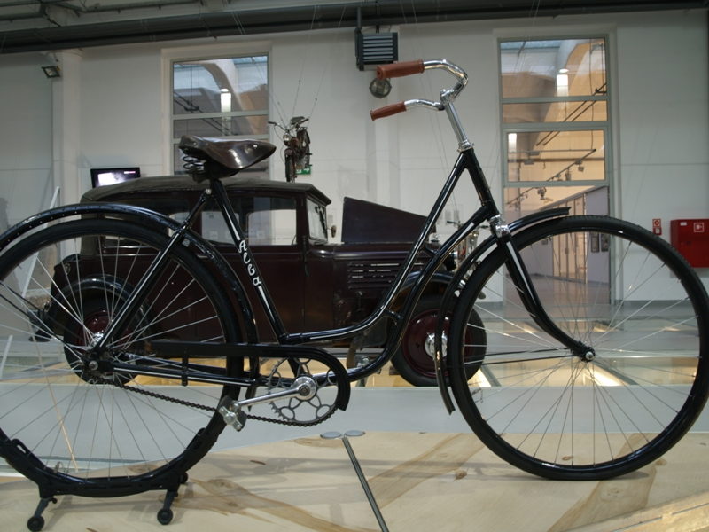 Szczecin. Czy ten rower to motocykl?