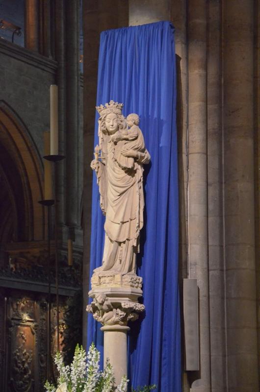 Paryż. Nowe dzwony katedry Notre Dame