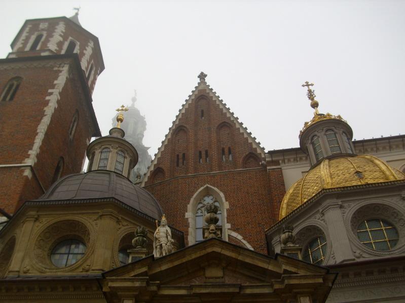 Kraków Pochowani w katakumbach Wawelu