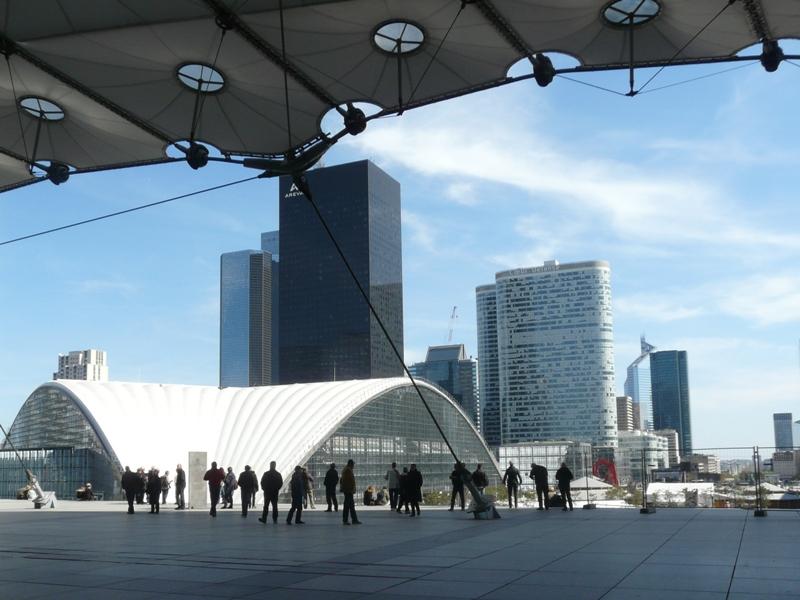 Paryż La Défense – dzielnica XXI wieku