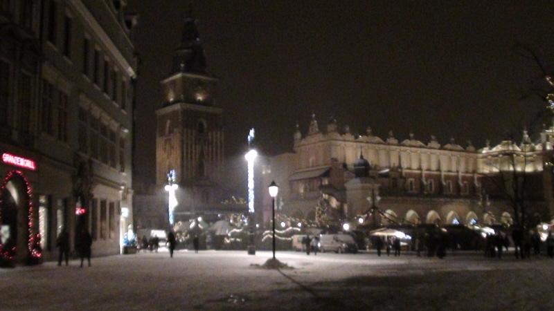 Kraków. Świąteczny jarmark na Rynku