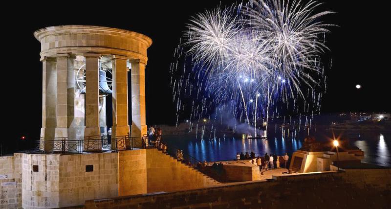 Malta Noworoczne fajerwerki nad wyspami