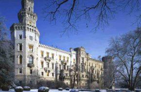 Hluboká  Pałac w zimowej aurze