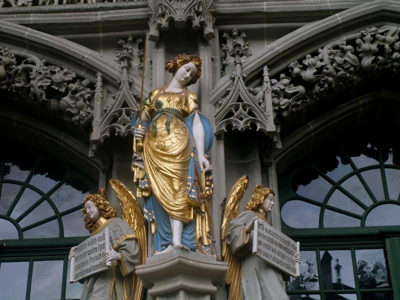 Berno Katedra jak malowana