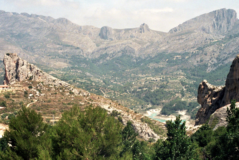 Guadalest. Zameczek Maurów ukryty w górach