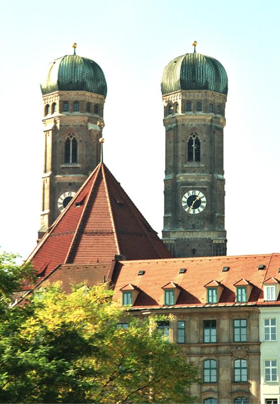 """Monachium. Miasto powstałe """"przy mnichach"""""""