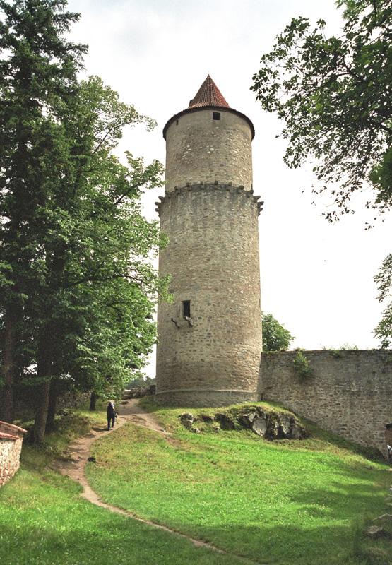 Zvikov. Zamek na skale nad Wełtawą