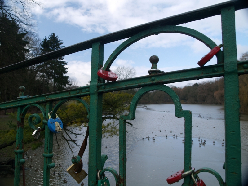 Szczecin Mostek miłości ponad Rusałką
