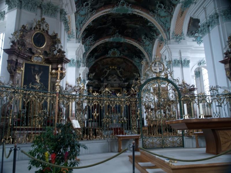 Sankt Gallen Katedra św. Gawła olśniewa jasnością…