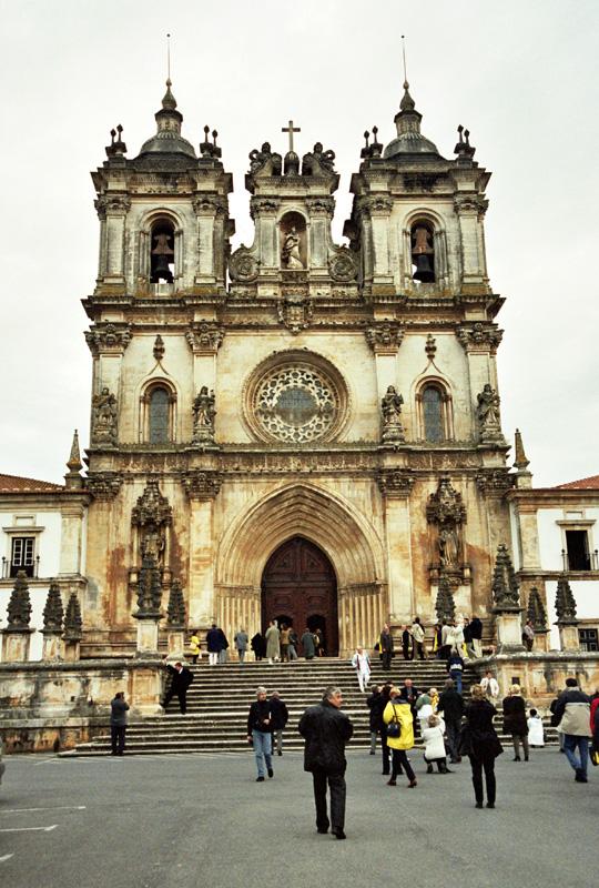 Alcobaça. O miłości dom Pedra i Inês de Castro