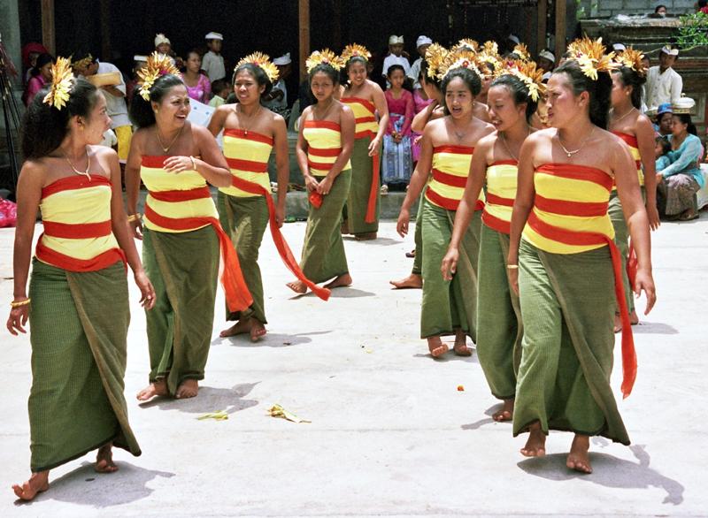 Tampak Siring Jak świętują dożynki na Bali