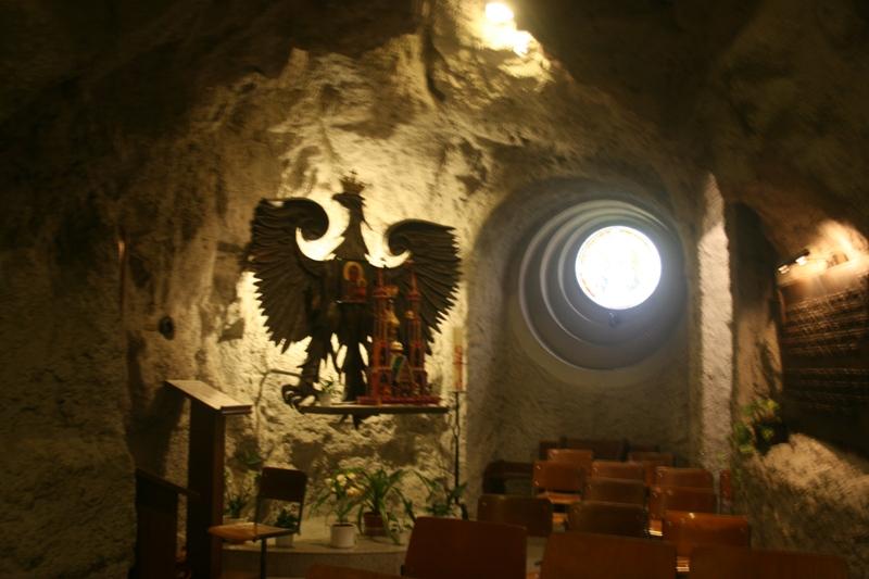 Budapeszt Polonika w grocie pod Górą Gellérta