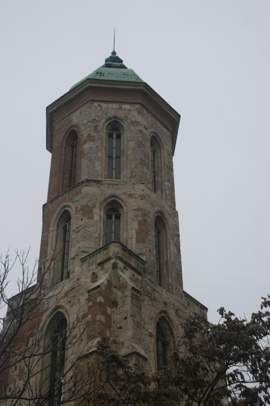 Budapeszt. Została tylko gotycka wieża…