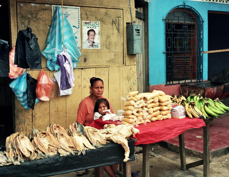 Iquitos Metropolia bez dróg dojazdowych