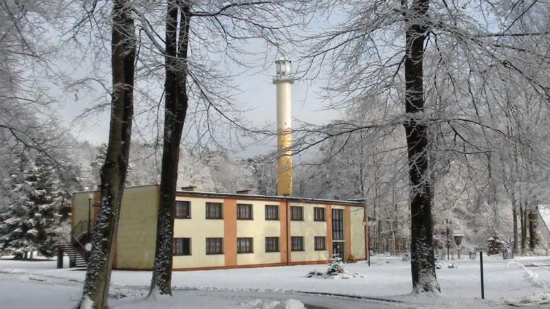 Orzechowo Morskie. Niewielkie letnisko i rezerwat przyrody