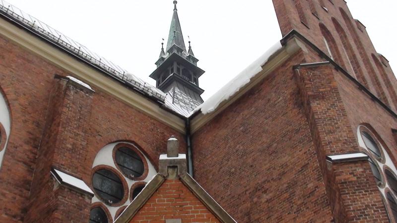 Rabka Zdrój. Nowy kościół zamknięty na głucho