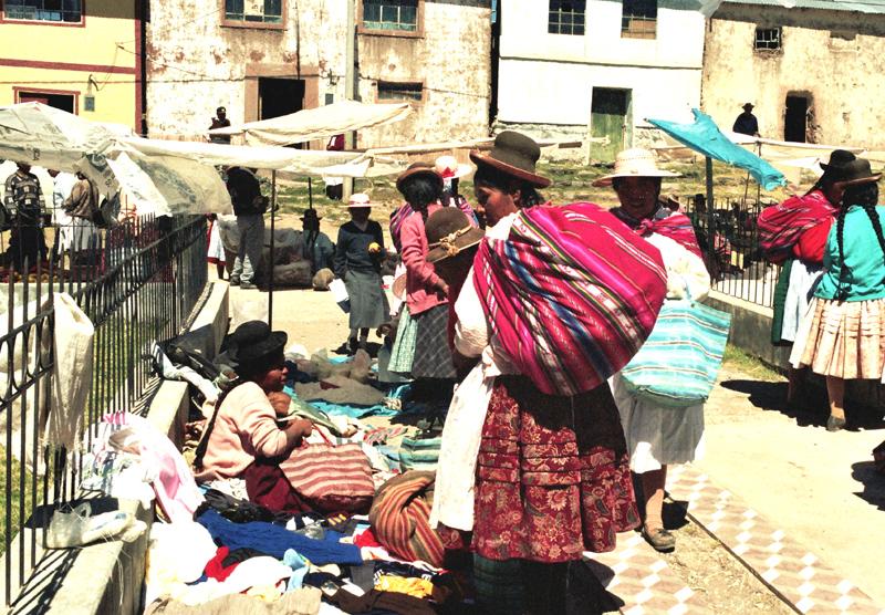 Atuncolla. Prawdziwy targ w peruwiańskiej wiosce
