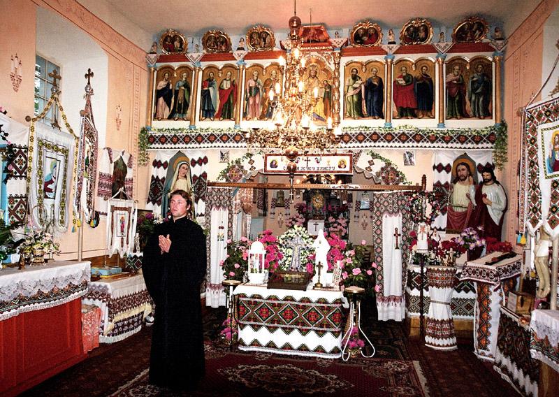 Monastyrek. Cerkiewka w miejscu pogańskiej świątyni