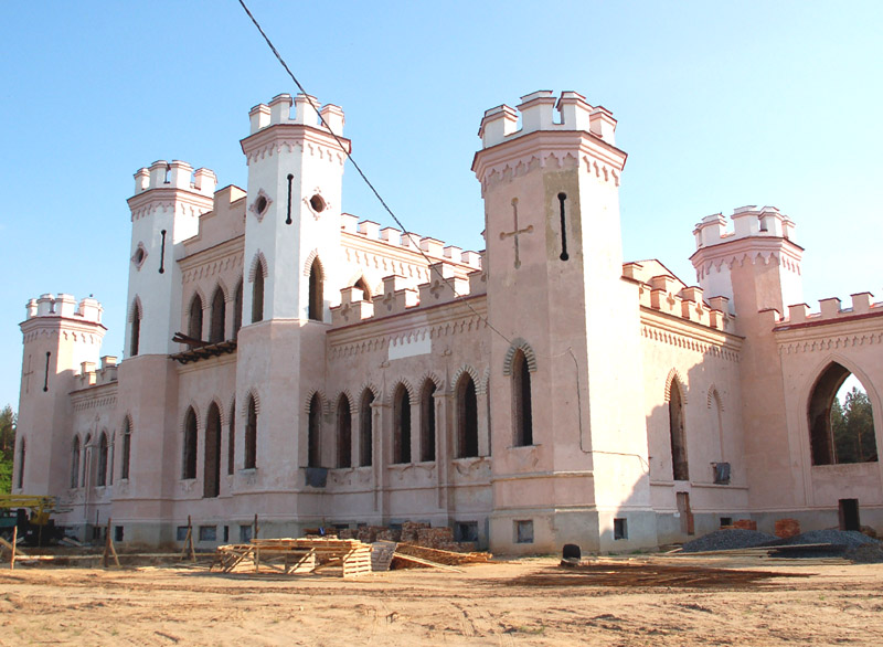 Kosów Poleski. Neobarokowy pałac w odbudowie
