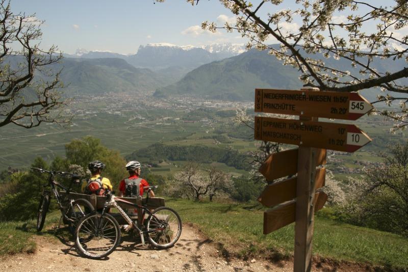 Południowy Tyrol. Rowerem przez Dolomity