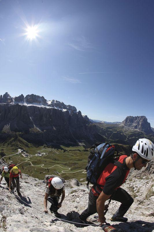 Południowy Tyrol. Wędrownym krokiem przez Dolomity