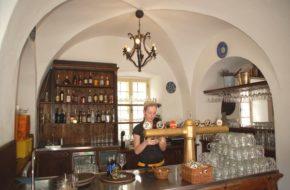 Ostrawa Piwne kąpiele w dawnym zamku Zabrzeh