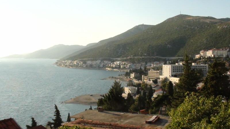 Neum. Tu Bośnia i Hercegowina sięga Adriatyku