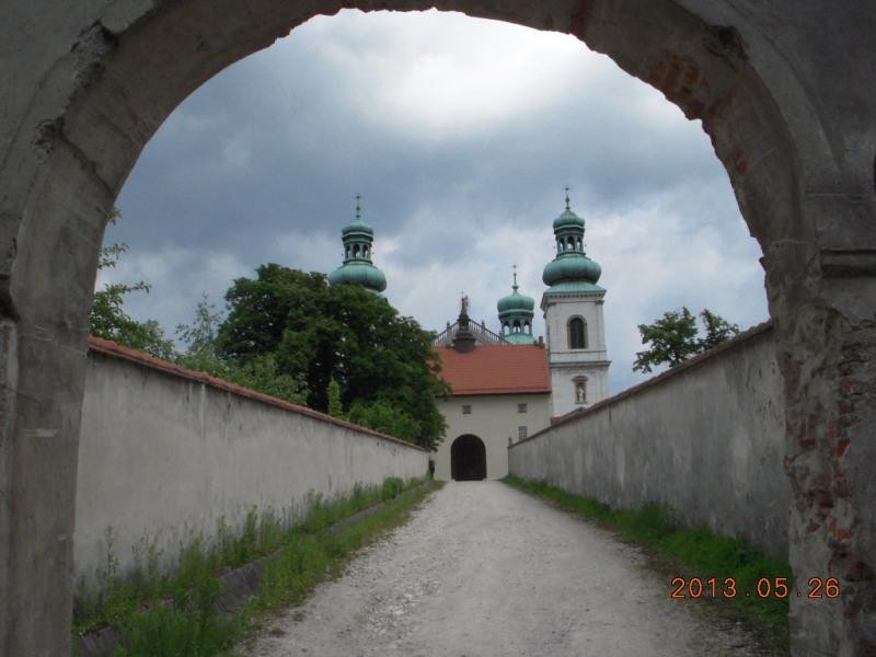 Kraków. Wino z kamedulskich Bielan