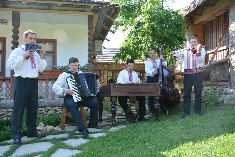 Orheiul Vechi. Etniczna muzyka w naturalnej scenerii