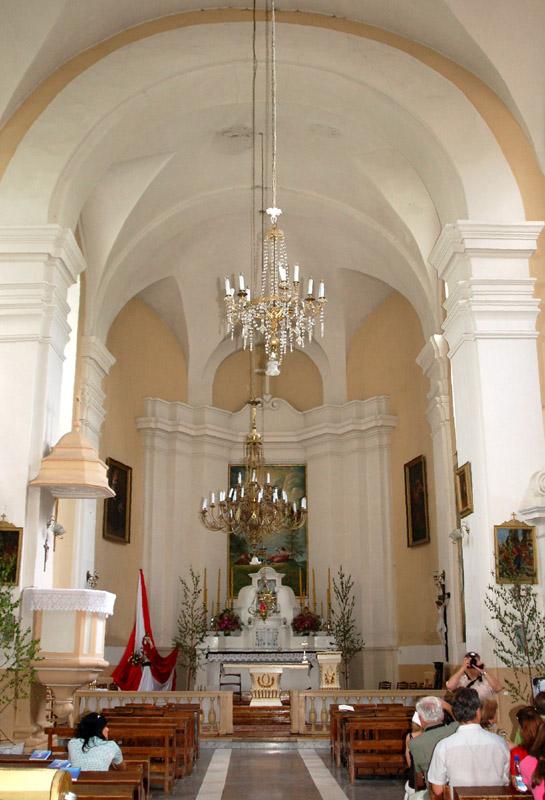 Nowogródek. Sakralne zabytki trzech religii