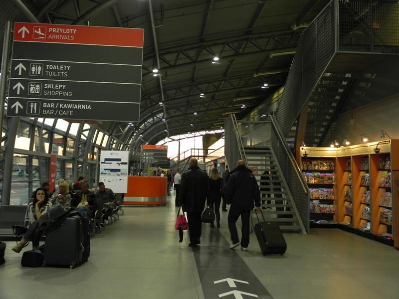 Modlin Kolejne otwarcie pechowego lotniska
