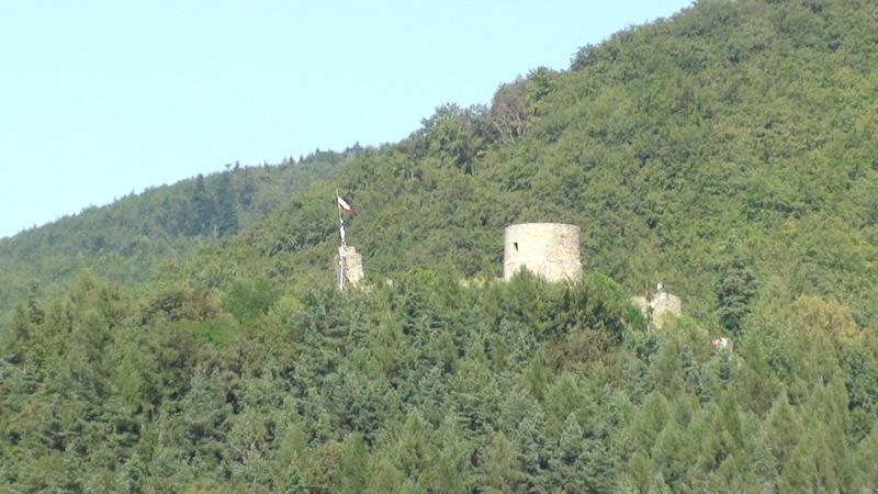 Rytro. Ruiny zamku nad Popradem