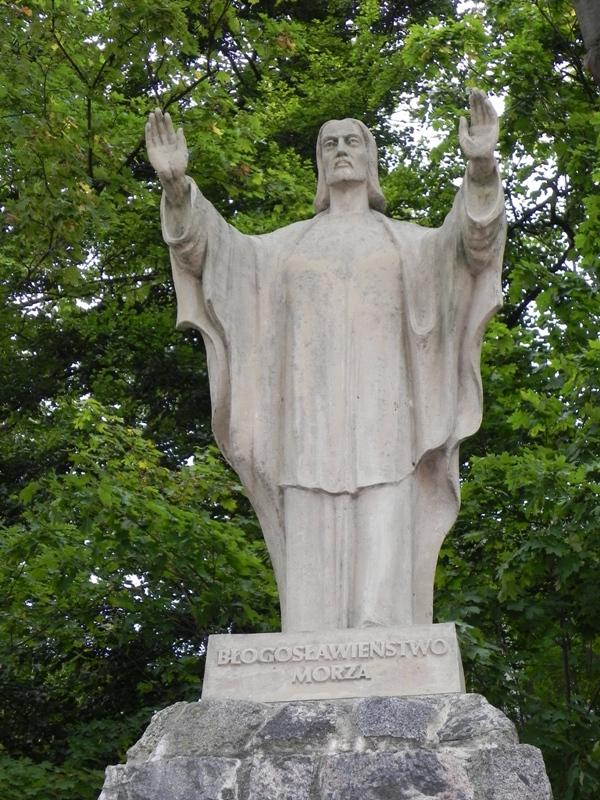 Gdynia. Nadmorski pomnik malarza marynisty