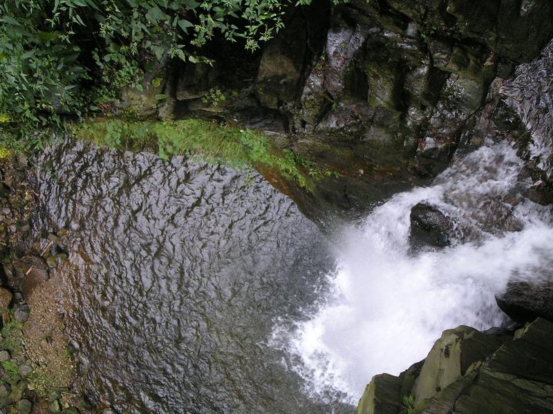 Międzygórze. Wodospad i kanion Wilczki
