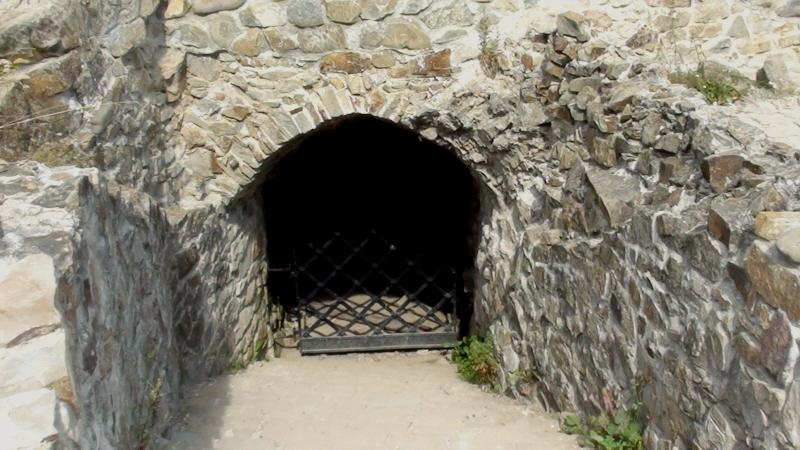 Muszyna. Ruiny zamku, czyli Baszta