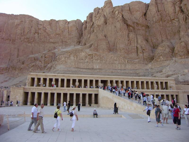 Luksor Świątynia królowej Hatszepsut