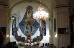 Piwniczna Zdrój Kościół parafialny stoi przy rynku