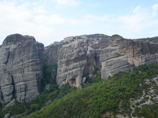 Meteory. Klasztory zawieszone ponad ziemią