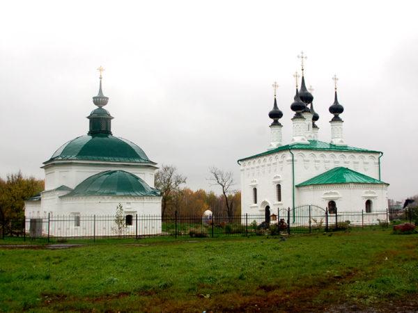Suzdal. Cerkwie, klasztory i podcienia na rynku