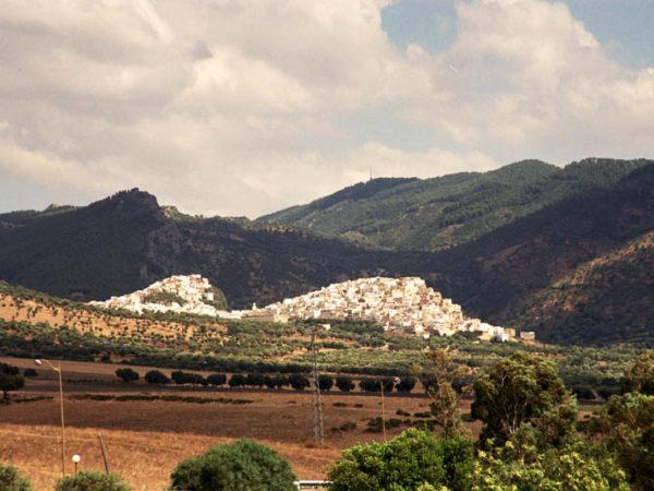 Maulaj Idriss. Święte miasto islamu widziane z daleka